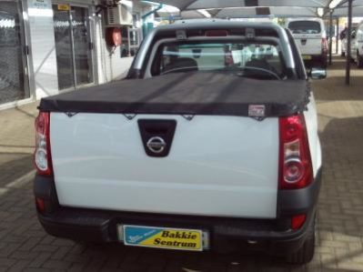 Nissan Np200 1 6i A C Safety Pack Bloem Cars